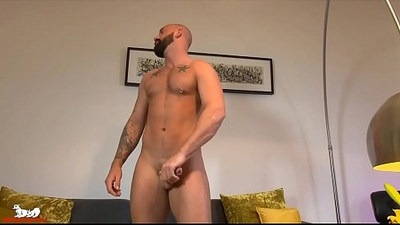 Porn Virgin Tommy Sparks removes his shorts starts jacking his cock