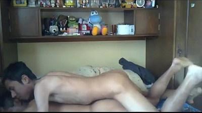 Skinny Latino Twink Barebacks Daddy