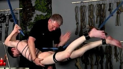 Videos porno massage gay boy first time The skimpy youngster is